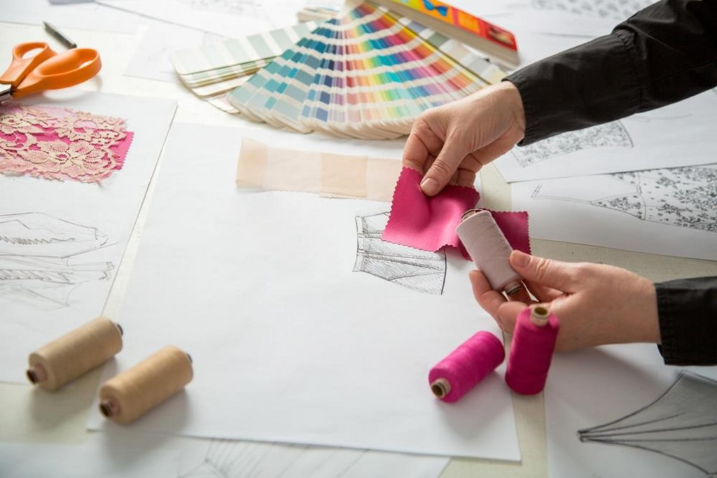 Fashion Designer Career Overview